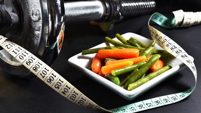 Diety podle horoskopu: Komu stačí jíst zdravě a kdy by měl vyhledat služeb specialisty?