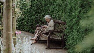 Britská seniorka (108), která přežila španělskou chřipku i obě světové války, radí, jak bojovat s koronavirem
