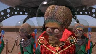 Sci-fi komedie Mars útočí!: Marťani vznikli podle žvýkaček, Lisa Marie ve filmu ani jednou nemrkla