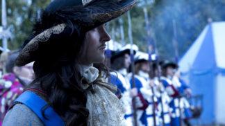 Intriky, násilí a odvážné scény. Startuje výpravný historický seriál Versailles, který pohoršil Anglii