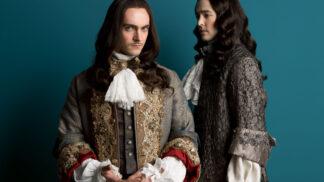 Šatník pro seriál Versailles: Na jeden kostým padlo až 20 metrů látky, používalo se zlato, stříbro i drahé kameny