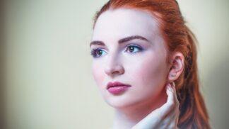 Klaudie (21): Svěřila jsem se kamarádkám se svým tajemstvím. Odsoudily mě a opustily