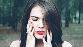 Maruška (22): Musela jsem ukončit kontakt srodiči. Nechci, aby odhalili, o co je připravím