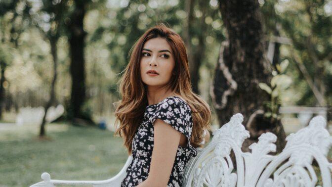 Apolena (28): Otec mě nechce odvést k oltáři. Nedokáže se domluvit s mým budoucím manželem