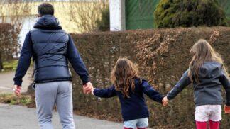 Linda (34): Dětem jsem domů přivedla náhradního tátu. Ony ho milují, ale já bohužel ne