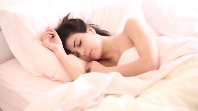 Význam nejčastějších snů: Víte, co znamená, když se vám zdá o létání nebo vypadávání zubů?