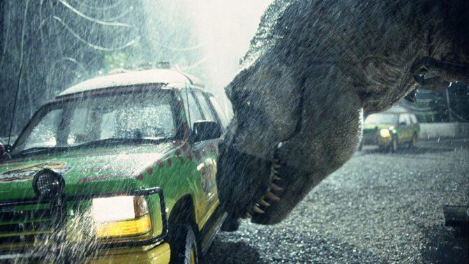 Jurský park: Velociraptory hráli lidé a hurikán ve filmu zařídila příroda