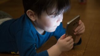 Jak si s dětmi užít dovolenou offline? Psychiatr Cimický upozorňuje na jeden významný detail