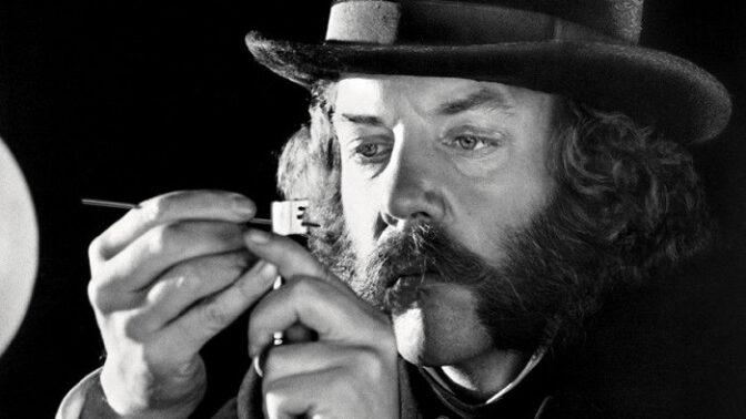 Hvězda filmu První velká vlaková loupež Donald Sutherland: dostal se ze dna na vrchol. Přemohl i obrnu