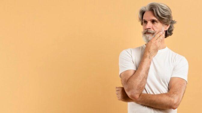 Richard (55): Moje žena kvůli úrazu leží jen u televize. Zatemnilo jí to mozek a já z toho šílím