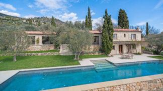 Dům, ve kterém se nedaleko Cannes schovávala Brigitte Bardot, je na prodej. Ukrývá bazény i vinice