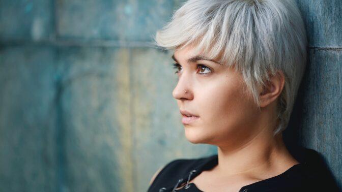 Kamila (20): Plní se mi strašlivá předpověď kartářky. Bojím se každého nového dne