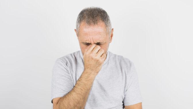 Stanislav (55): Manželka mě už dva roky bije. Já ji nedokážu opustit, i přesto všechno ji miluji
