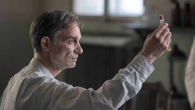 Nový český film Šarlatán: Kdo byl léčitel Jan Mikolášek, za kterým chodili i nacisti a komunisti
