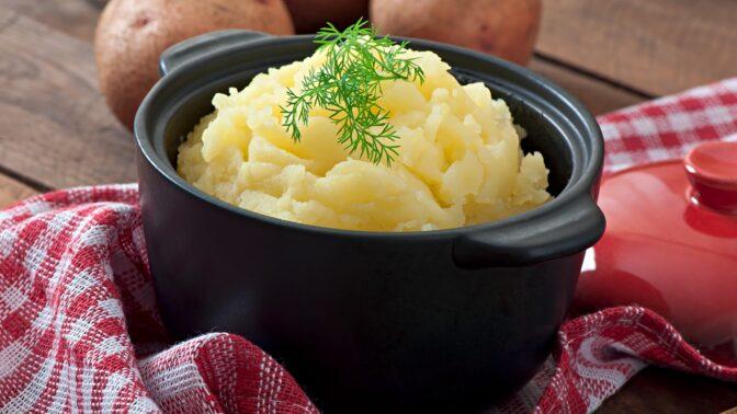 Tipy a triky pro nejlepší bramborovou kaši: Nakrájet, nepřevářet, sušit