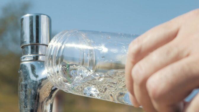 Jde to i jinak: Předcházejte vzniku odpadu, vyzkoušejte vlastní láhev na vodu!