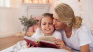 Do kdy uspávat dítě: Na věku nezáleží, vyprávění před spaním mají rádi i dospělí, říká odbornice