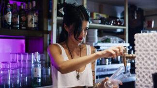 Gábina (30): Přišel mi vynadat kamarádky manžel, že ji kazím. Dopadlo to nečekaně