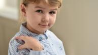 Dětské náušnice: Kdy je pro ně ten pravý čas?