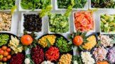 Zdravá strava nemusí být vždy drahá: Jak jíst zdravě a ještě ušetřit?