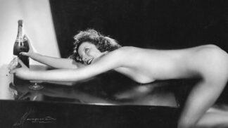 Retro erotika: Naši dědečkové dávali přednost plnějším tvarům