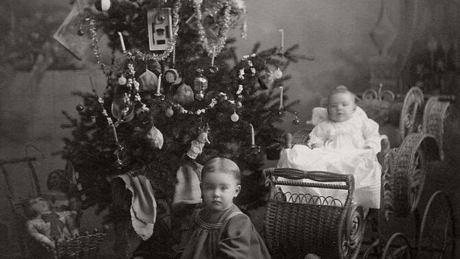 Opravdu tradiční Vánoce: Jak vypadal Štědrý večer, když naše babičky tahaly kačery?