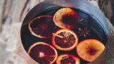 Horké nápoje promrazivé dny. Zahřejte se svařeným vínem, grogem nebo punčem nejen na vánočních trzích
