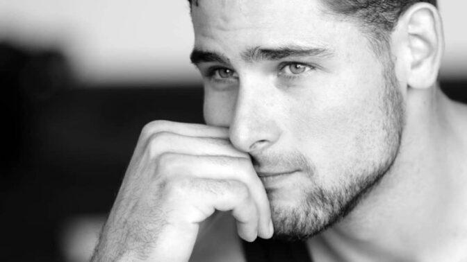 Nejkrásnější muži Česka: Jak vypadá jejich tělo v legínách?
