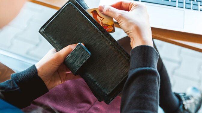 Jak se vyhnout dluhové pasti: Pečlivě přemýšlejte a půjčujte si jen v nezbytných případech