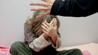 Škoda každé rány, která padne vedle: Někteří odborníci souhlasí s fyzickými tresty při výchově dítěte