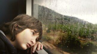 Čeká vás delší cesta s dětmi na dovolenou? Máme pro vás 4 triky, jak je zabavit