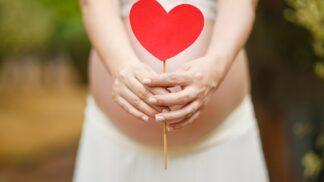Těhotná žena nesmí hladit kočky a nemá menstruaci. Jaké další mýty a polopravdy jsou mezi lidmi rozšířeny?