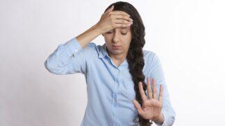 Nesnesitelná bolest hlavy: Co dělat, když migréna útočí?