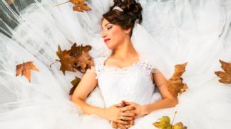 Jak šel čas se svatební módou: Co oblékaly naše babičky a přetrvalo to dodnes?