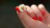 Nehty podle horoskopu: Kdo si potrpí na kvalitní manikúru a kdo si kouše nehty?