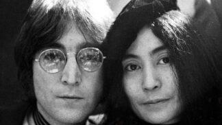 Yoko Ono a John Lennon. Jejich velká a bouřlivá láska skončila tragickou smrtí Lennona