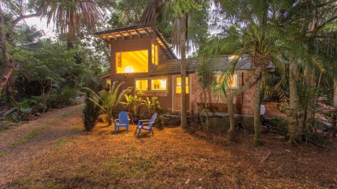 Pronajměte si bungalov na Havaji, do kterého jezdil odpočívat vlivný americký rocker Jimi Hendrix