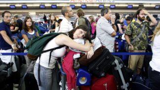 Zaměstnanci letišť prozradili 3 skvělé triky, které vám ulehčí cestování letadlem