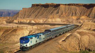 20 fotek, které dokazují, jak romantická může být jízda vlakem napříč Amerikou