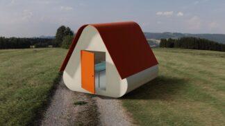 Středoškoláci navrhli domek, který sestavíte bez nářadí. Vyjde vás na průměrný měsíční plat