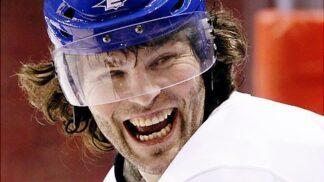 Nezkrotnému Jágrovi je 48 let: Zavzpomínejte na krásky, které s hokejovou legendou randily