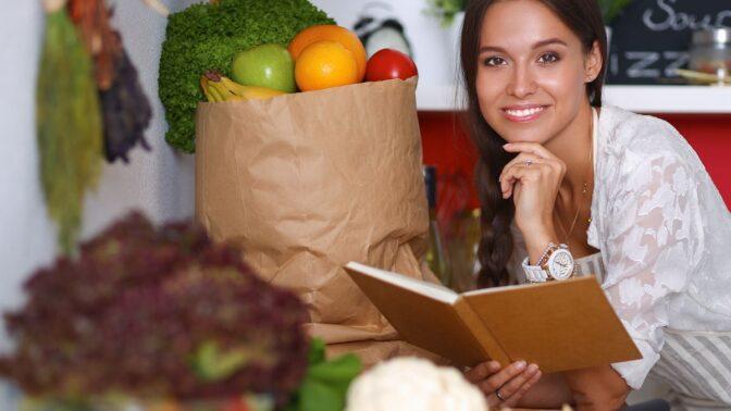 Limonádová dieta i pojídání ledu: Nejhloupější možnosti hubnutí, kterých se rozhodně vyvarujte