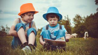Jak donutit děti znovu číst? Oblíbený fast food nabízí knihu místo hračky