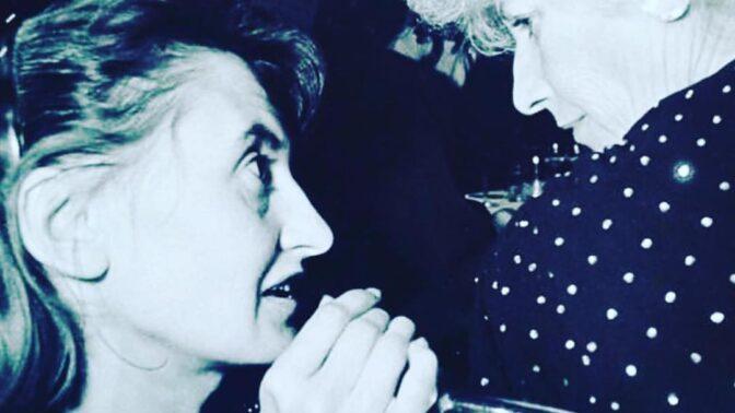 Legendární herečka Eva Holubová slaví 60. narozeniny: Čím baví své fanoušky na Instagramu?
