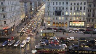 Kde si dát v Praze pozor: Znáte ty nejnebezpečnější pražské křižovatky?