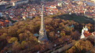 Nejznámější rozhledny Česka: Vypravte se na Tureckou věž, Petřín, Praděd nebo Ještěd