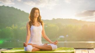 """Speciální typ jógy jen pro ženy: """"Omladí vás, zkvalitní pleť i vlasy,"""" říká instruktorka Vojtěchovská"""