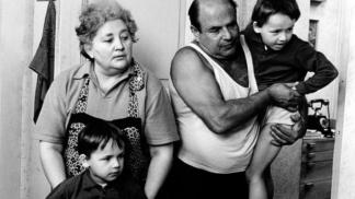 Tepláky, oblíbená móda nejen dědy Homolky: Podívejte se, jaký nevkus jsme nosili za socialismu