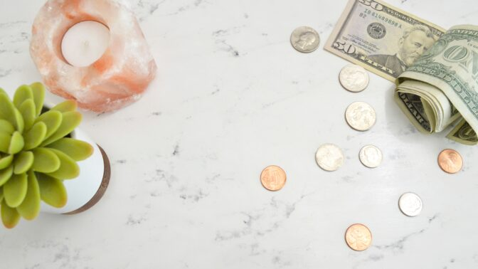 Rychlý rádce, jak děti i sebe naučit správně hospodařit s penězi