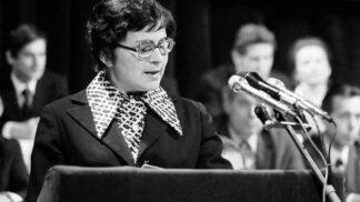 8 let od smrti zapálené komunistky a herečky Švorcové: Zasvětila život rudému peklu, přátele však nenechala ve štychu